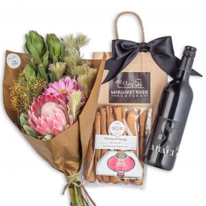Sundowner Floral Posy Gift Hamper