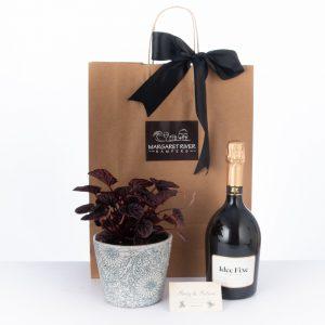 Bespoke Gift Hampers from Margaret River, Vasse Felix, chocolates, wine, Skigh wines, Vasse virgin